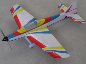 ferngesteuertes Flugzeug Indoor