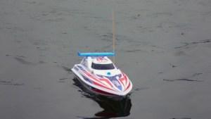 ferngesteuertes Boot