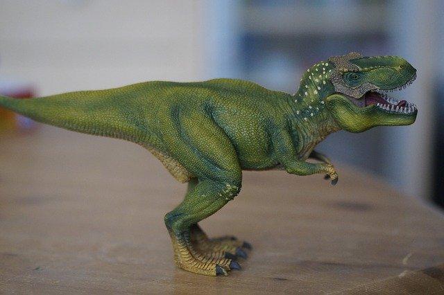 ferngesteuerte Dinos